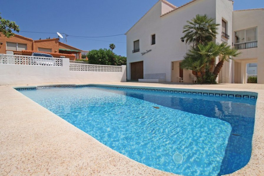 Villa To Rent In Calp Spain With Swimming Pool 191043