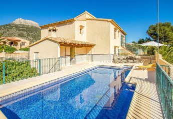 5 bedroom Villa for rent in Calpe
