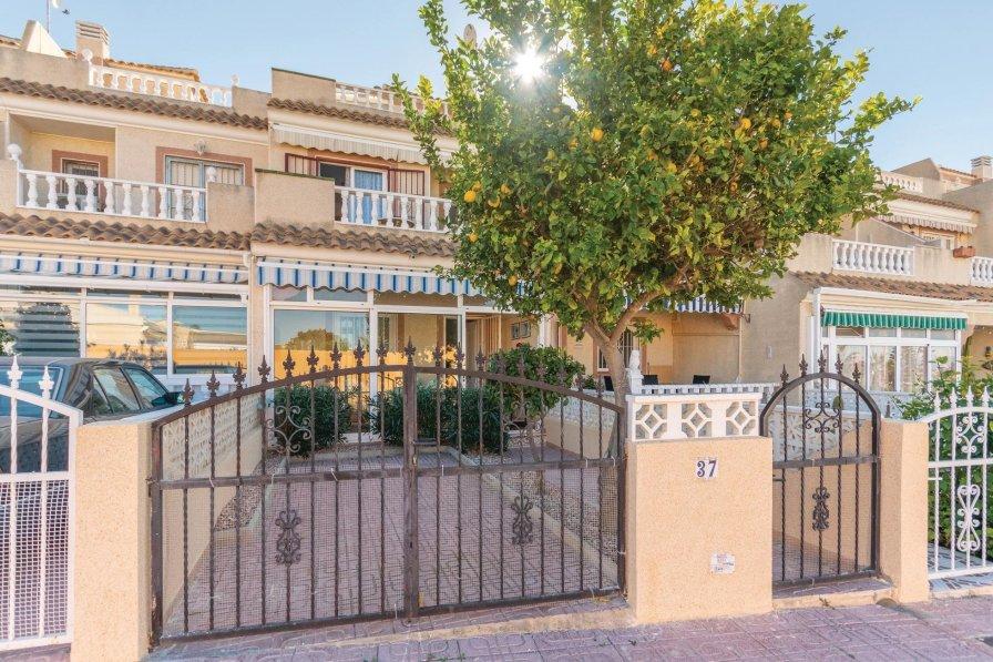 Villa in Spain, El Chaparral: