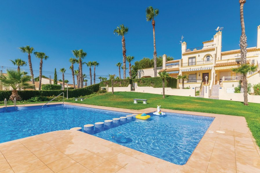 Villa For Rent Villamartin Spain