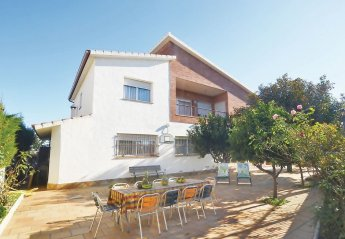 7 bedroom Villa for rent in Santa Susanna