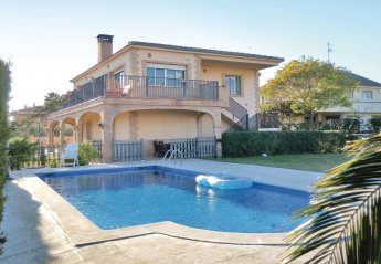 4 bedroom Villa for rent in Salou