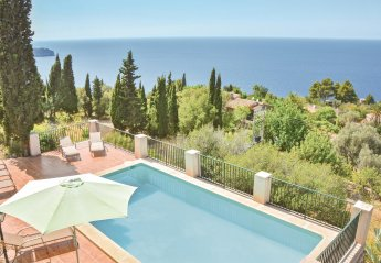 4 bedroom Villa for rent in Soller