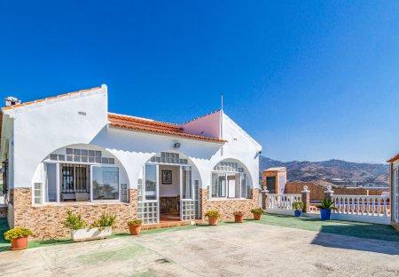 Villa in Vélez-Málaga, Spain
