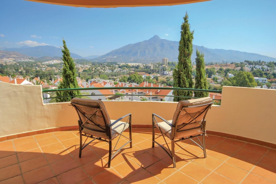Apartment To Rent In Nueva Andaluc 237 A Spain With Shared