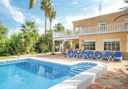 Villa in Coín, Spain
