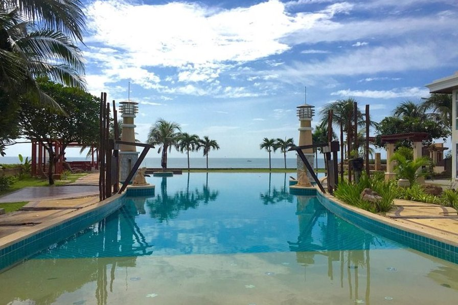Beachfront Family Penthouse Seaside Hua Hin C32 136 Sq.m. 3rd Flr