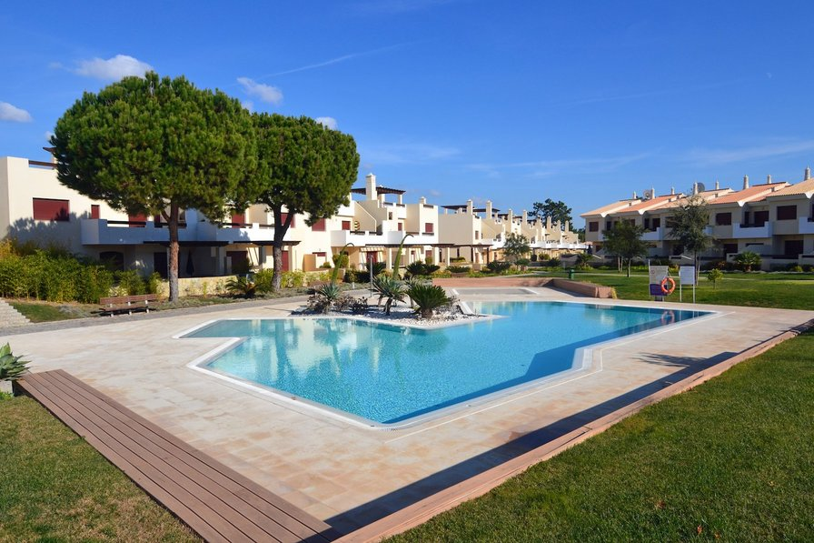 Vila Sol sunset apartment with pool