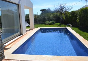 2 bedroom Villa for rent in Sagres