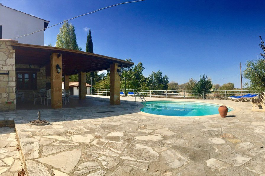 Villa in Cyprus, Pano Akourdaleia