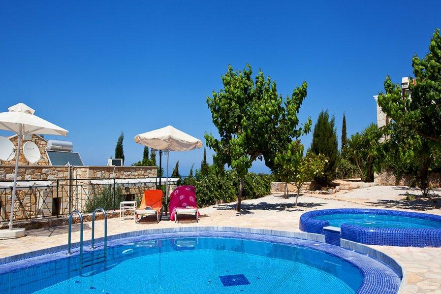 Villa in Greece, Apokoronas