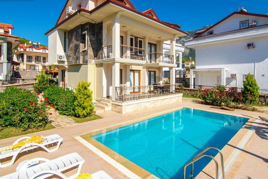Ova Villa