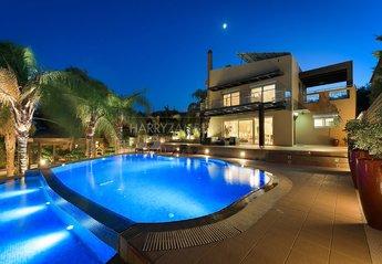 Villa in Greece, Ladiko