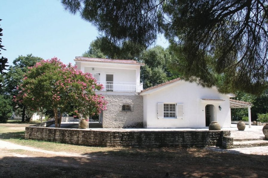 Villa in Greece, Epirus: OLYMPUS DIGITAL CAMERA