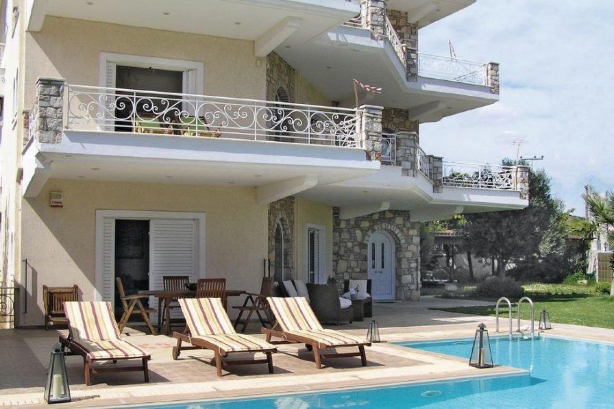 Villa in Greece, Athens City: OLYMPUS DIGITAL CAMERA