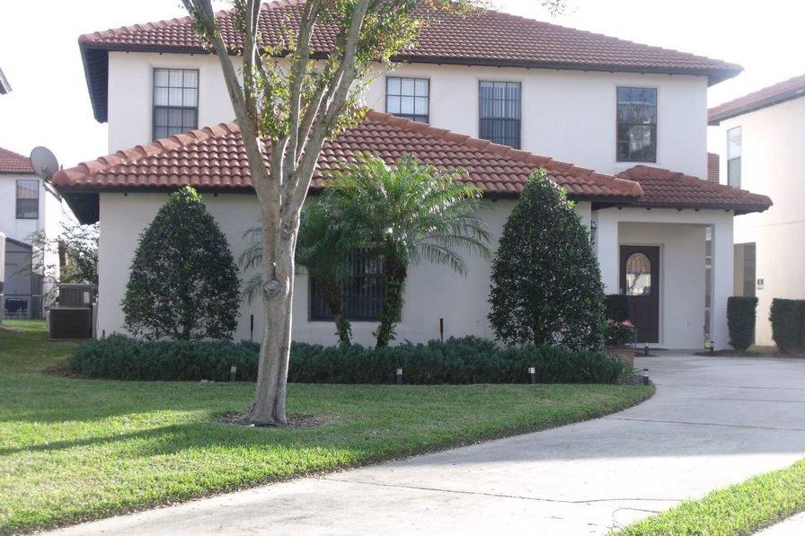 High Grove villa