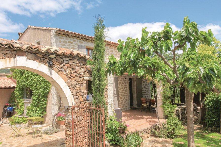 Villa in France, Vinezac