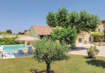 Villa in France, Monteux