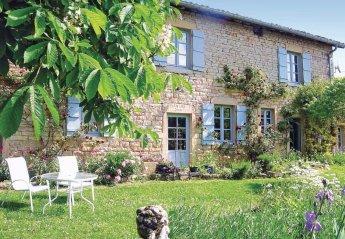 Villa in France, Montbellet: