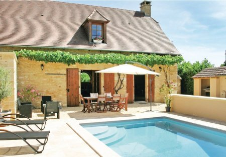 Villa in Saint-Amand-de-Coly, France