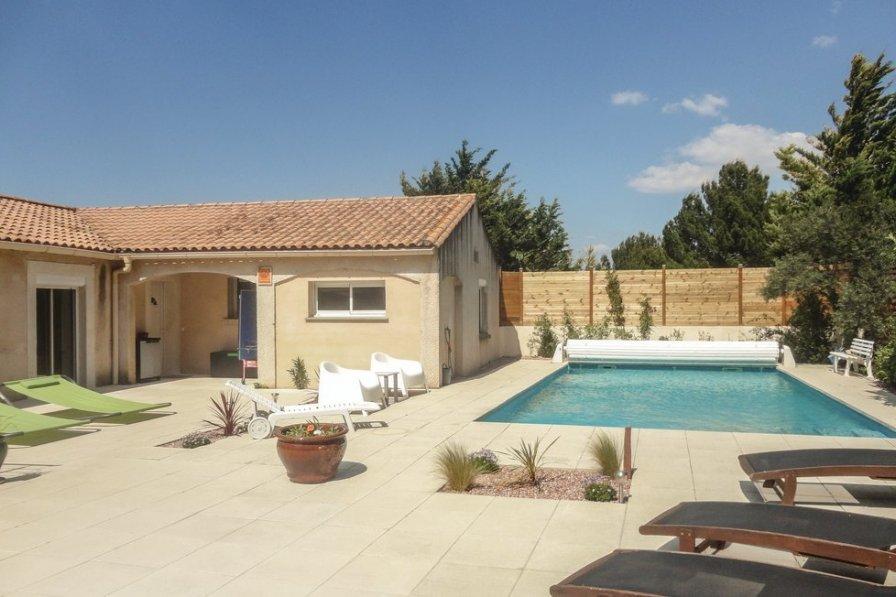 Villa in France, Nébian