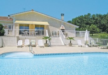 Villa in France, Pillac: