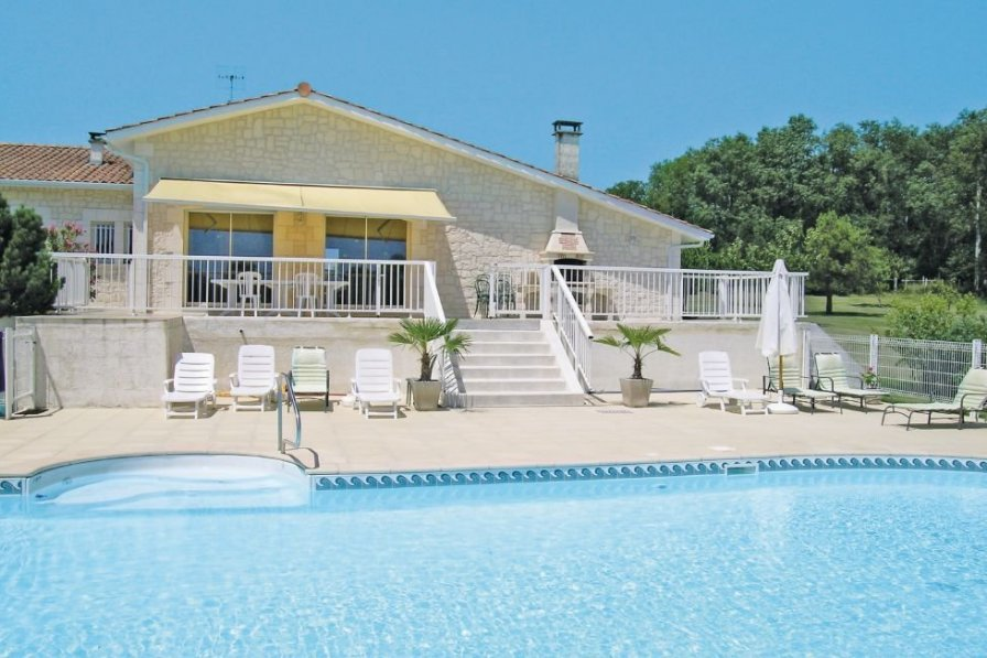 Villa in France, Pillac: