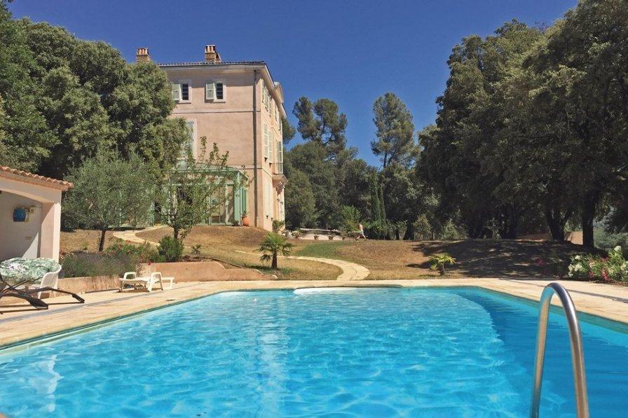 Villa in France, Pourrières