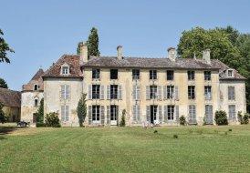 Villa in Vicques, France