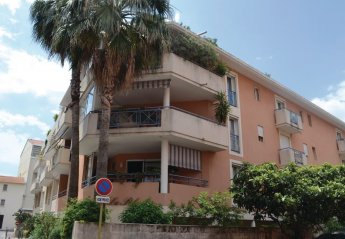 2 bedroom Apartment for rent in Saint Raphael