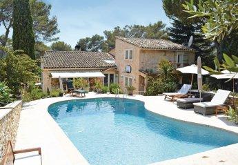 Villa in France, Bois Fleuri-Chevre d'Or-Saint Philippe