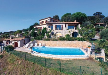 Villa in Le Grand Duc-Minelle, the South of France