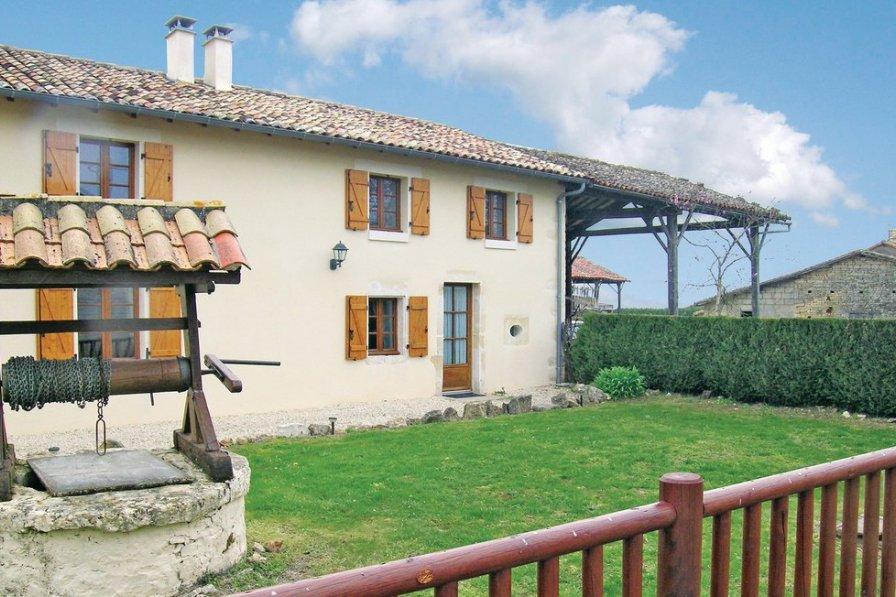 Villa in France, Clussais-la-Pommeraie