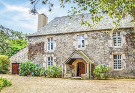 Villa in Taulé, France