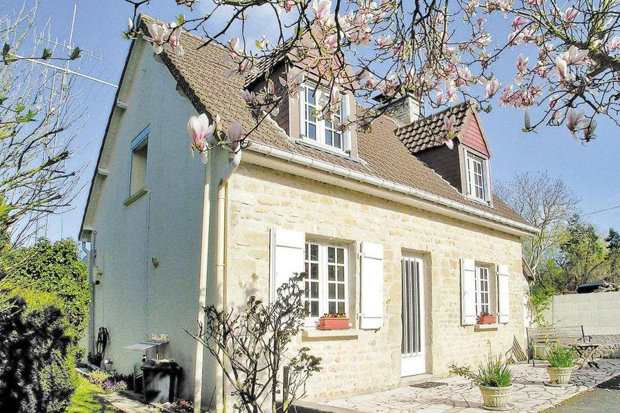 Villa in France, Blosville