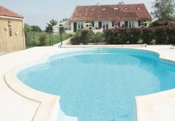 Villa in France, Neuvy-Bouin