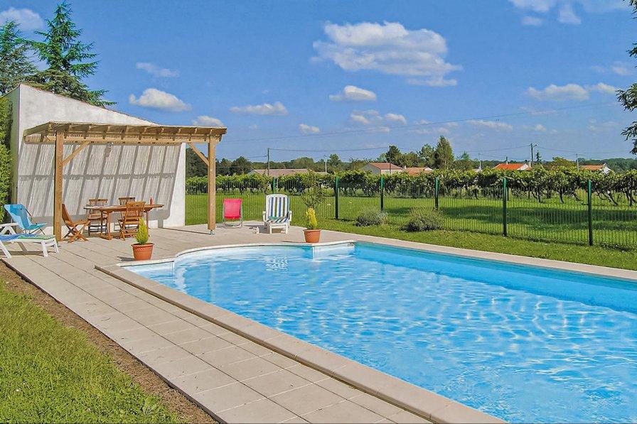 Villa in France, Saint-André-de-Lidon