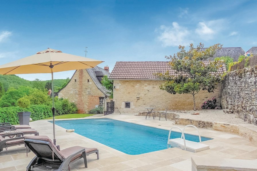 Villa in France, Coly