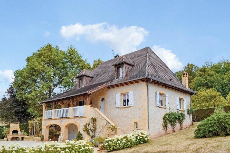 Villa in France, Le Lardin-Saint-Lazare