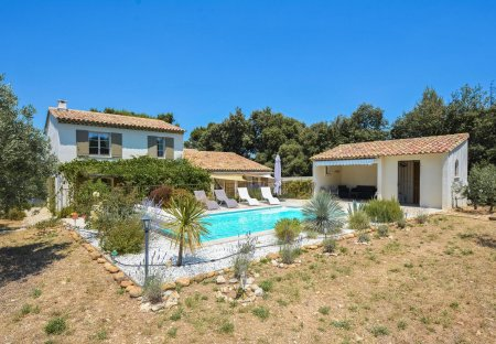Villa in Eygalières, the South of France