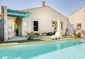 Villa in France, Servian