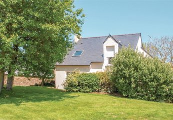 3 bedroom Villa for rent in Perros-Guirec