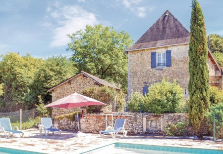 Villa in La Bachellerie, France