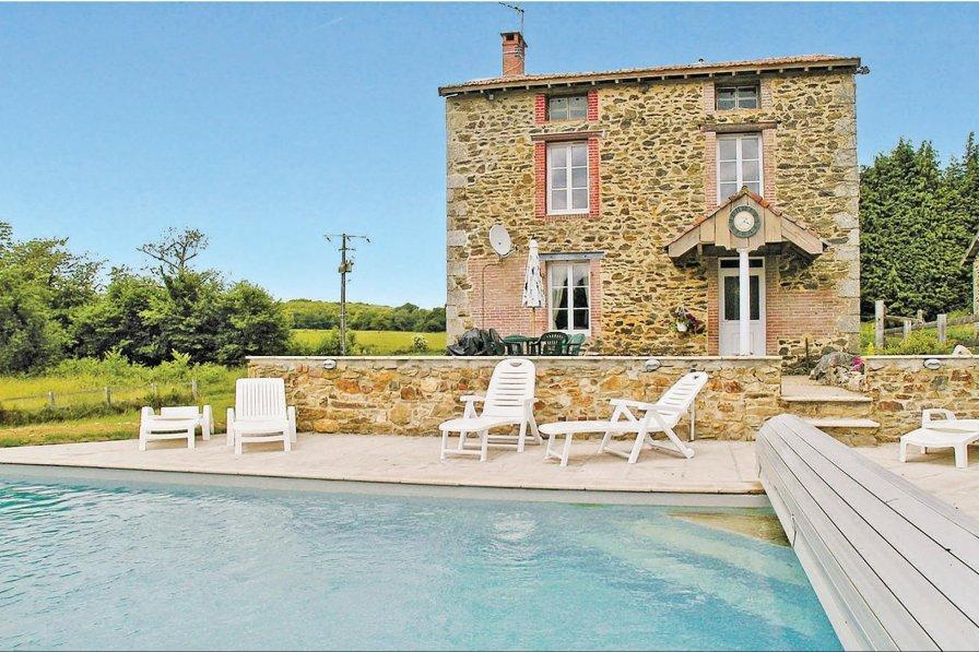 Villa in France, Moissannes