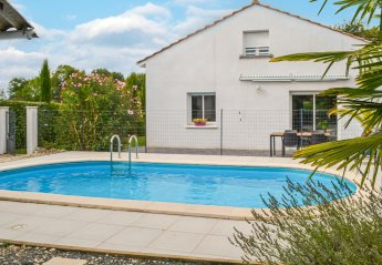 Villa in France, Le Pizou