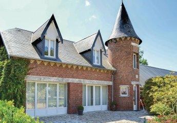 Villa in France, Roisel: