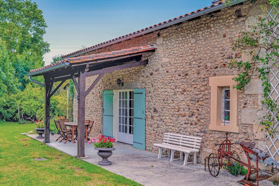 Villa in France, Vanxains