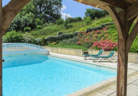 Villa in Domfront-en-Champagne, France: