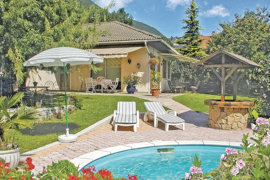 Villa in France, Cruet: OLYMPUS DIGITAL CAMERA