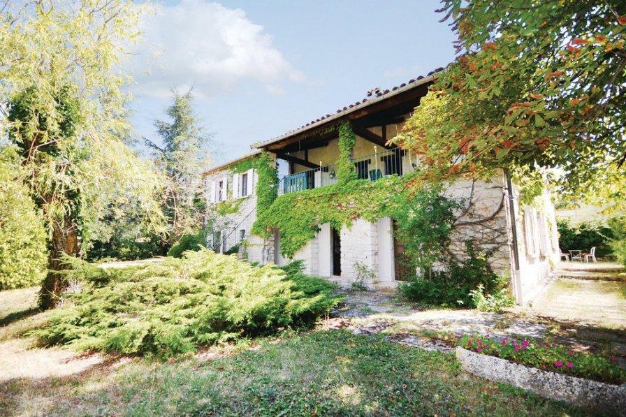 Villa in France, Sault
